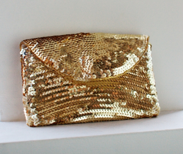 Sequin clutch | How Did You Make This